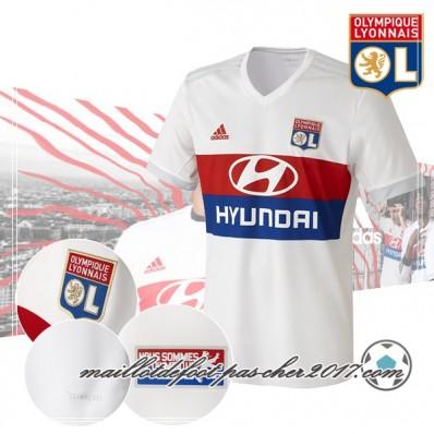 ensemble de foot Olympique Lyonnais pas cher