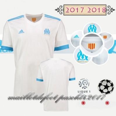 tenue de foot OM rabais