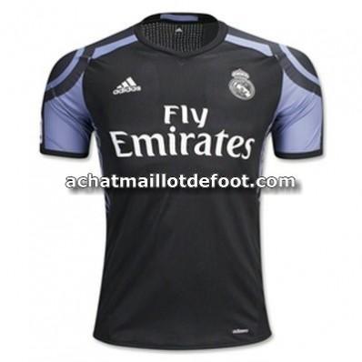 tenue de foot Real Madrid 2017