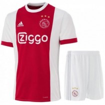 ensemble de foot AJAX rabais